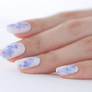 パープルの紫陽花ネイル
