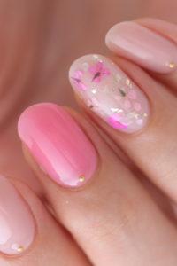 ピンク系押し花ネイル