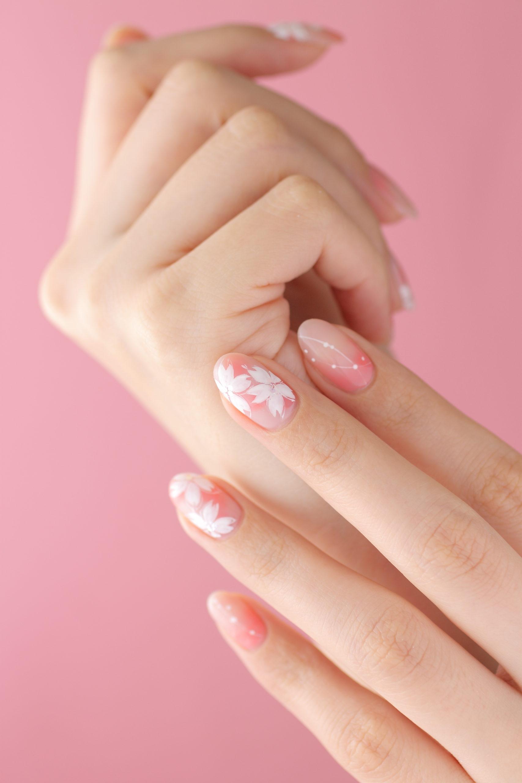 桜ネイル|新百合ヶ丘ネイルサロン