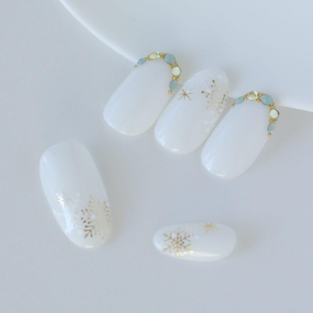 新百合ヶ丘ネイルサロン「ネイルマーナ」~雪の結晶ネイル2021