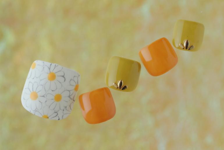 新百合ヶ丘ネイルサロン「ネイルマーナ」~春のフットジェルデザイン2021