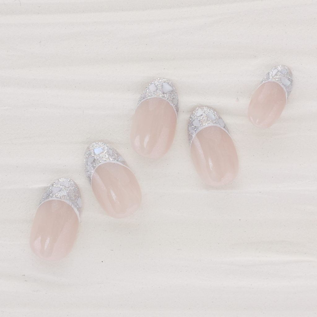 新百合ヶ丘パラジェル&カルジェルネイルサロン「ネイルマーナ」ガラスフレンチ2021