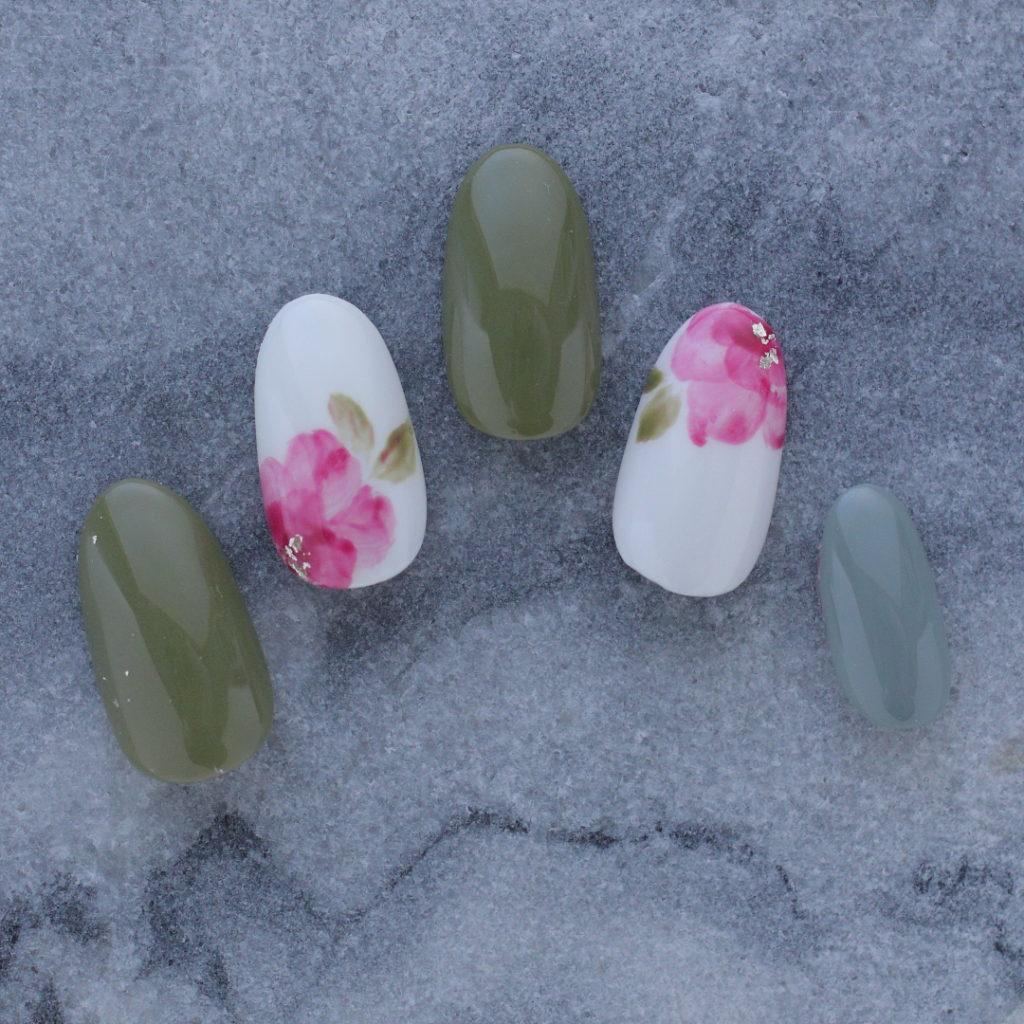 新百合ヶ丘パラジェル&カルジェルネイルサロン「ネイルマーナ」花柄ネイル
